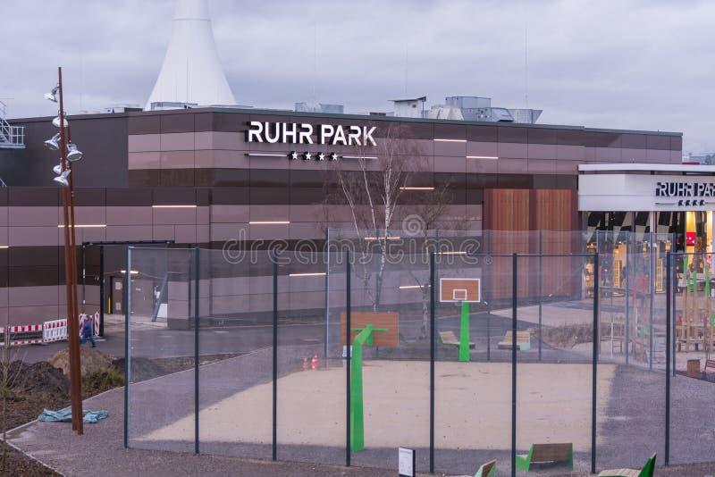 Wejściowy centrum handlowego Ruhr park w Bochum fotografia royalty free