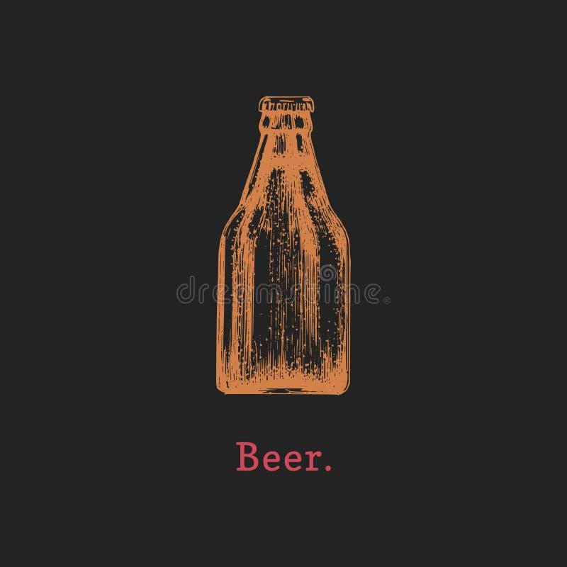 Wektorowa ilustracja piwna butelka Ręka rysujący nakreślenie alkoholiczny napój dla kawiarni, prętowa etykietka, restauracyjny me royalty ilustracja