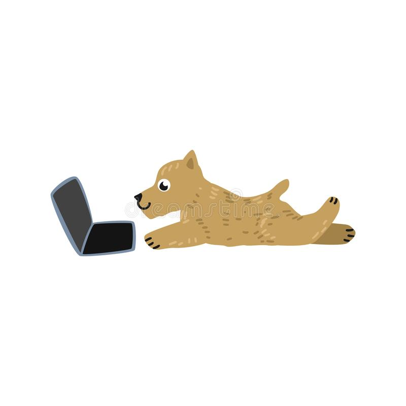 Wektorowy kreskówka psa lying on the beach za laptopem ilustracji