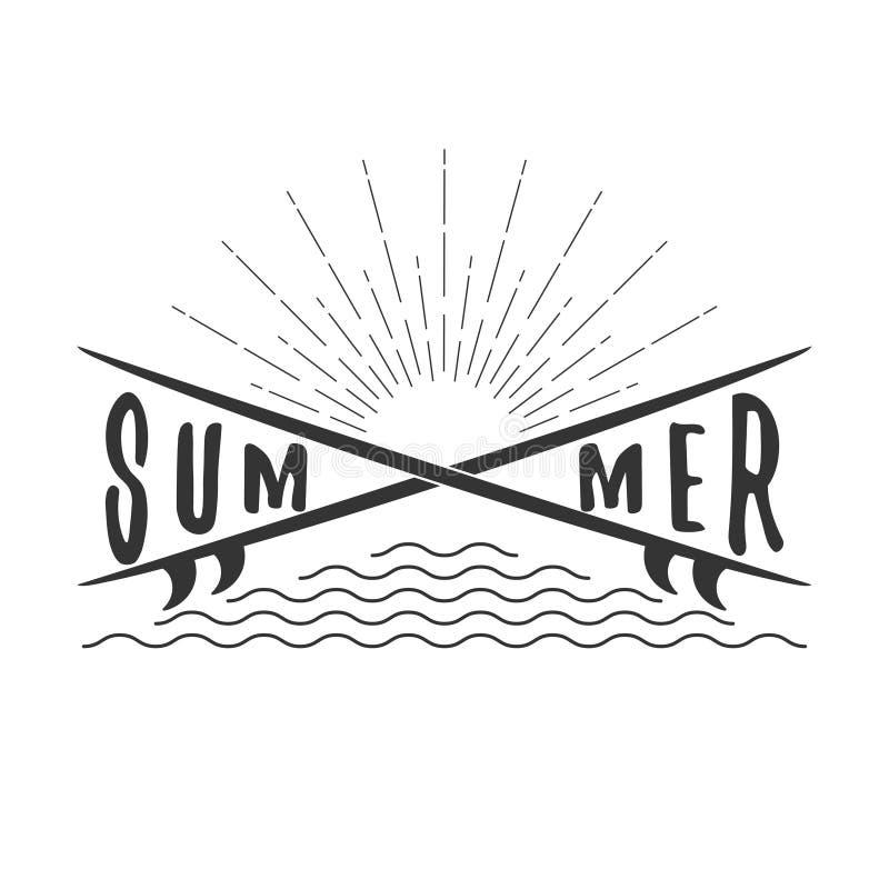 Wektorowy lato ręki literowania tekst z surfboard, promienie słońce i fala, pojedynczy białe tło ilustracji