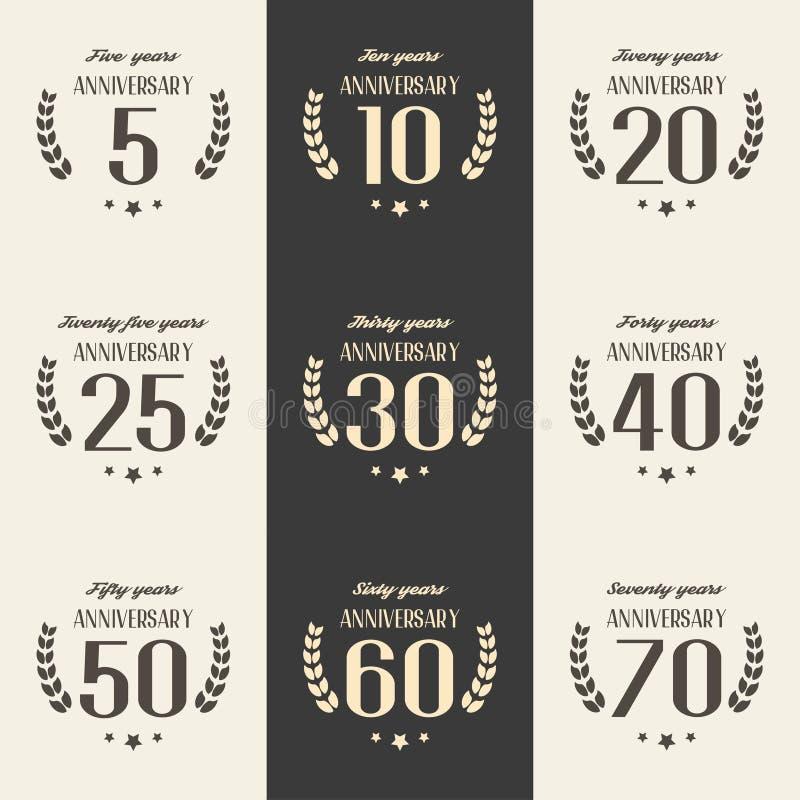 Wektorowy ustawiający rocznicowi symbole 5th, 10th, 20th, 25th, 30th, 40th, 50th, 60th, 70th rocznicowa loga ` s kolekcja ilustracji