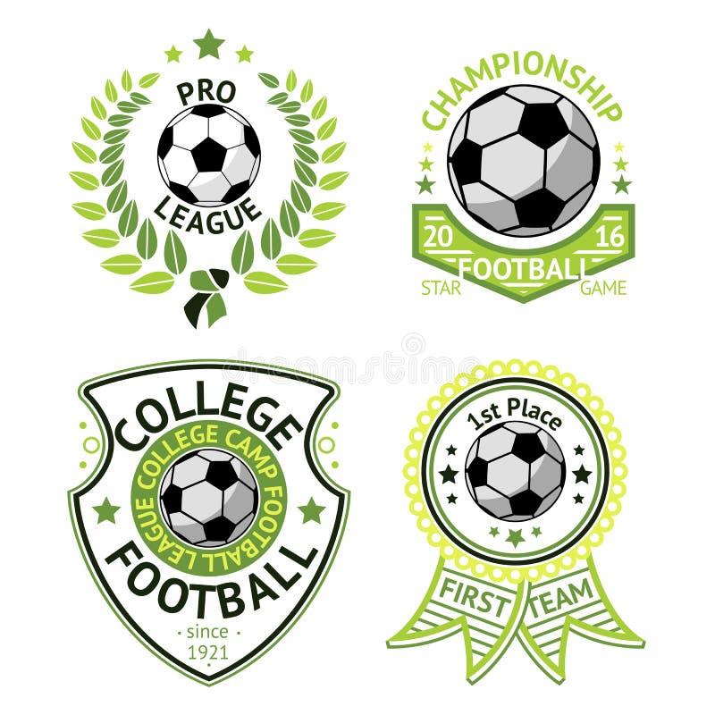 Wektorowy ustawiający zielone rocznika futbolu etykietki Z laurowym wiankiem, piłką, osłoną i faborkami, ilustracja wektor