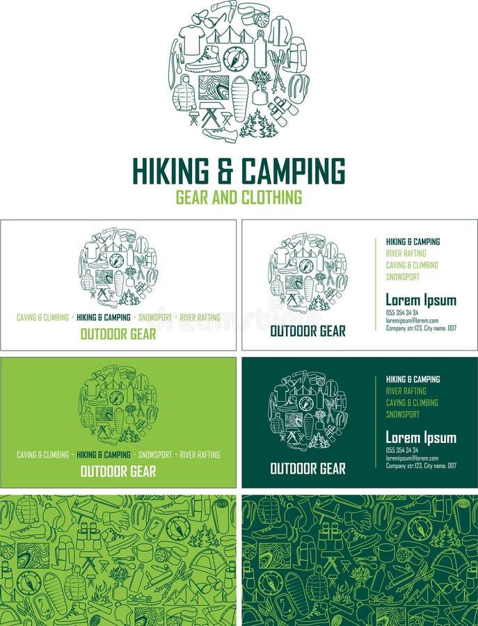 Wektoru wycieczkować i campingowa przekładnia odwiedza kartę Wizytówka ustawiająca z abstrakcjonistycznym bezszwowym tło wzorem ilustracji