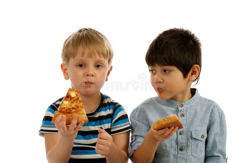 Welche ein bisschen Pizza Sie essend? lizenzfreies stockfoto