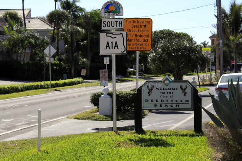 Welcome To Deerfield Beach Sign Editorial Photo