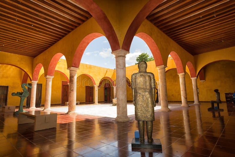 Well utrzymana kolonialna architektura w Campeche Meksyk obrazy stock