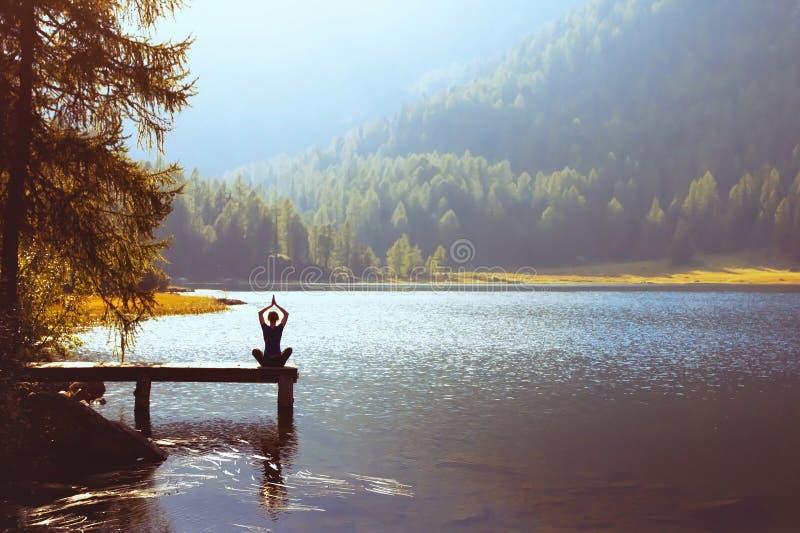 Wellbeing i zdrowy stylu życia pojęcie obraz stock