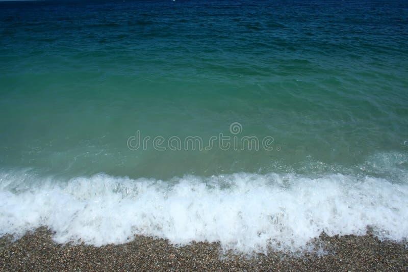 Welle auf Ägäischem Meer stockbilder