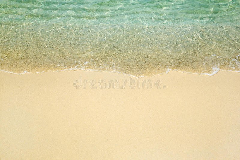 Welle auf Strand stockfotos