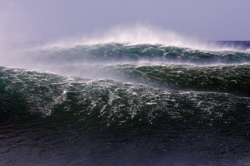Wellen lizenzfreies stockfoto