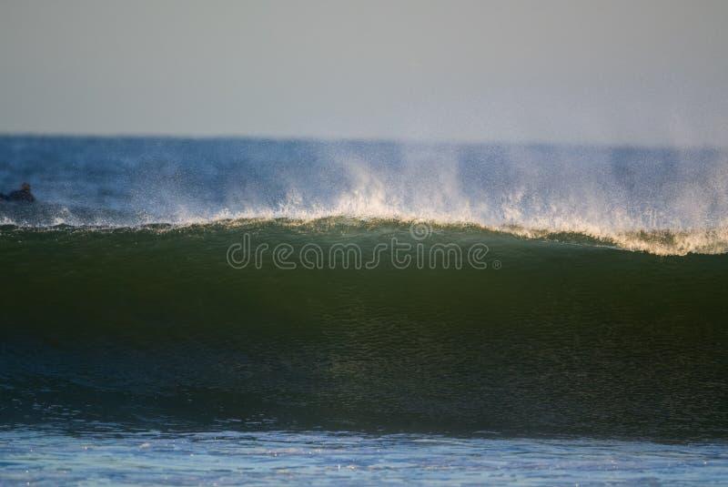 Wellen-Brechen stockbild
