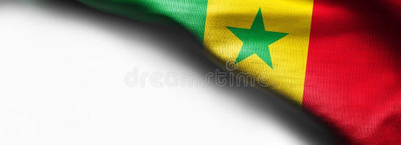 Wellenartig bewegende Flagge Senegals auf weißem Hintergrund lizenzfreies stockbild