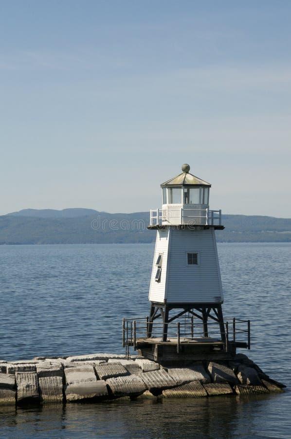 Wellenbrecher-Nordleuchtturm Burlingtons Vermont auf See Champlain stockbild