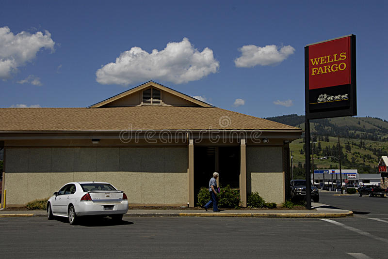 Welles Fargo. KAMIAH/IDAHO /USA- Daily life and business in Kamiah small western sytle build town and nez perce tribe insitution center in Nez Perce county 04 stock image