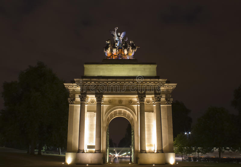 Wellington Arch. By night at Hide Park Corner, London royalty free stock images