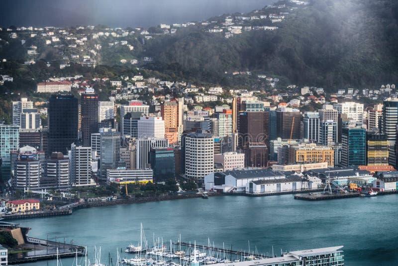 WELLINGTON, NOUVELLE-ZÉLANDE - 5 SEPTEMBRE 2018 : Horizon d'antenne de ville image libre de droits