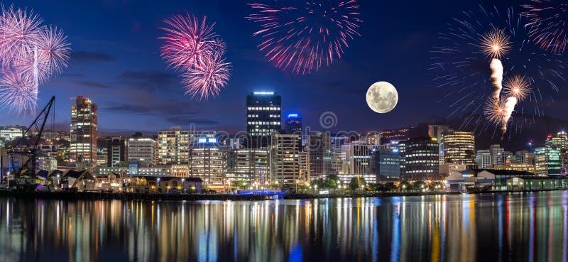 Wellington-Stadt nachts stockfotos