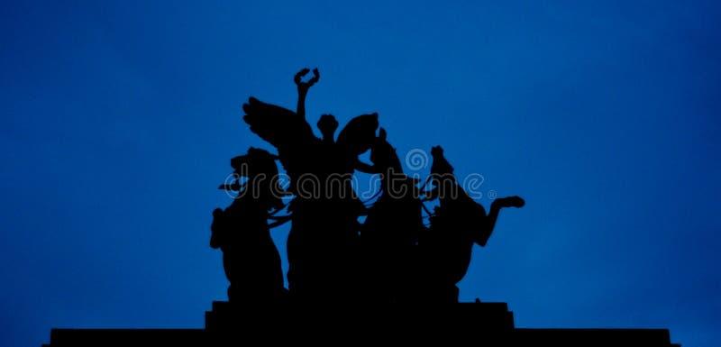 Download Wellington łuku Statua W Londyn Zdjęcie Stock - Obraz złożonej z konie, triumf: 53789524