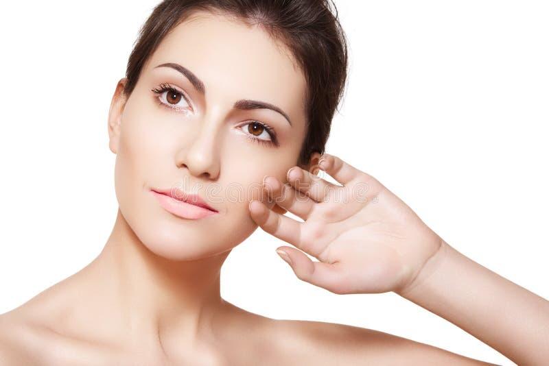 Wellness. Fronte di modello della donna con pelle pulita sana immagine stock libera da diritti