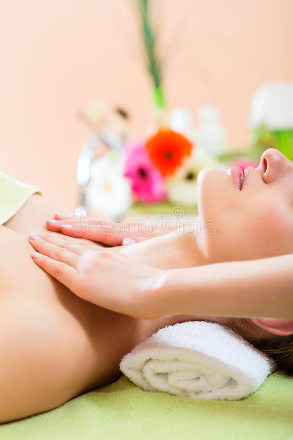Wellness - Woman Getting Shoulder Massage In Spa Stock Images