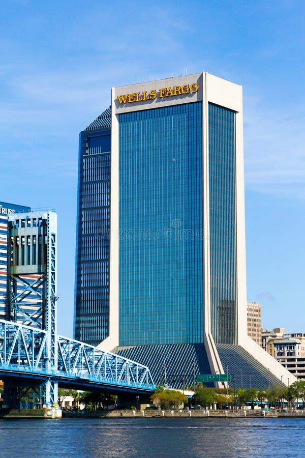 Wells Fargo, Джексонвилл, Флорида стоковые фотографии rf