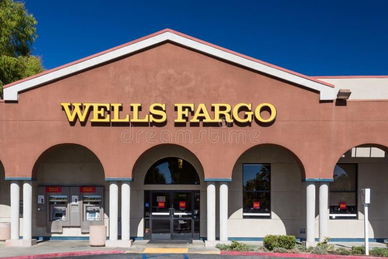 Wells Fargo Bank Exterior photos stock