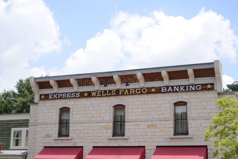 Wells Fargo Ekspresowa bankowość obrazy stock