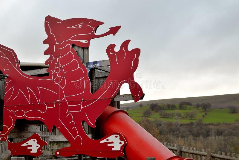 Wels rood draakbeeldhouwwerk, architectuur royalty-vrije stock foto