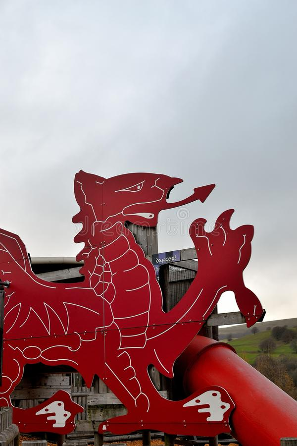 welsh smoka czerwona rzeźba, architektura zdjęcia royalty free