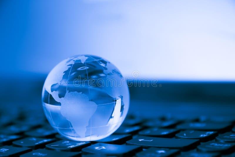 Welt angeschlossen Mieten legten digital Bild fest lizenzfreies stockfoto
