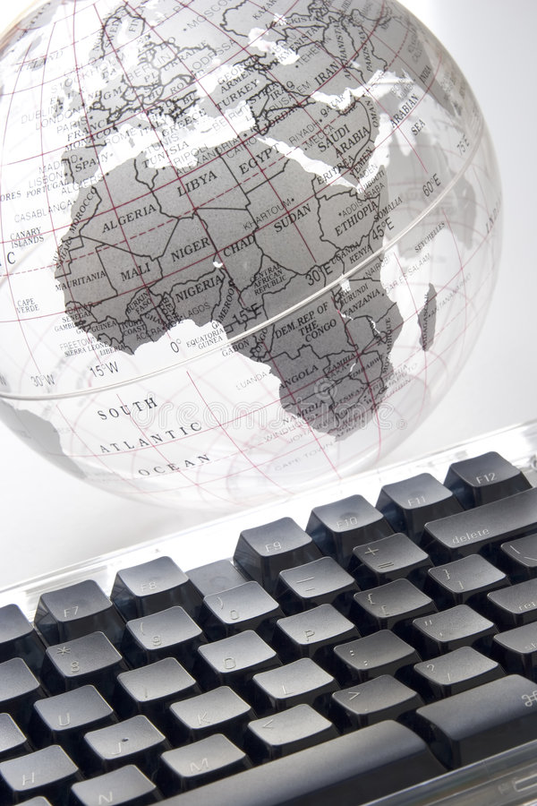Welt an Ihren Fingerspitzen lizenzfreies stockbild