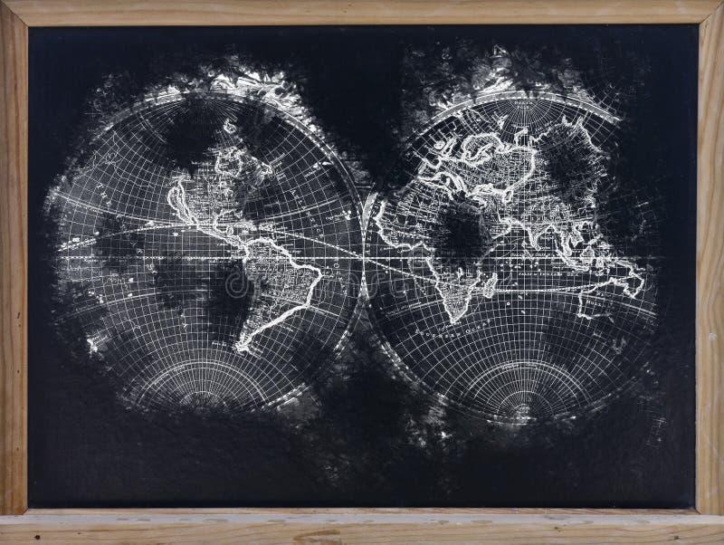 Weltkarte in der Tafel stockfotos