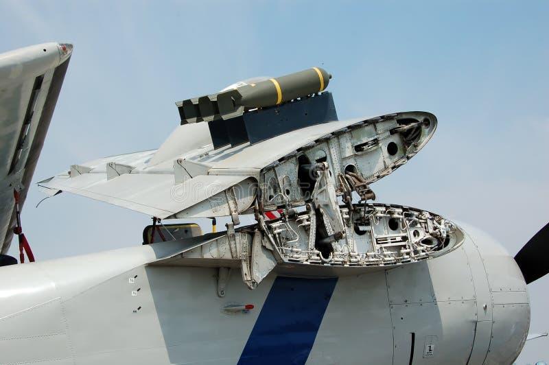 Weltkriegmarineflugzeug mit gefalteten Flügeln stockfotografie