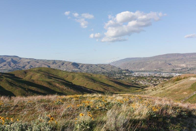 Wenatchee от мудрого следа холмов стоковая фотография rf