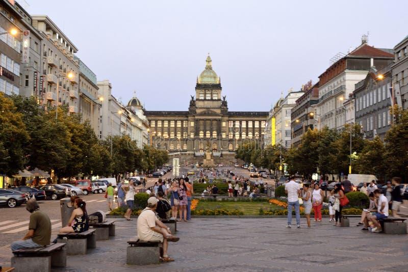 Wenceslas Square in Praag - Tsjechische Republiek stock afbeelding