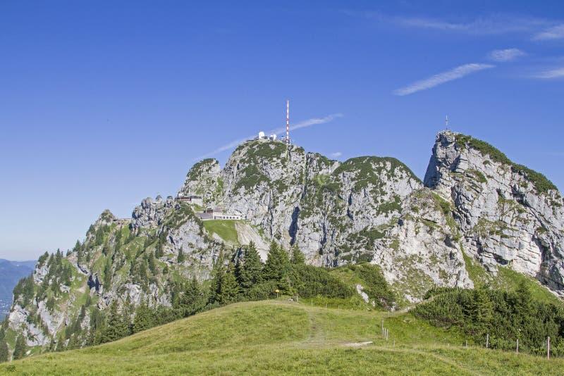 Wendelstein - la señal de Bayrischzell imagenes de archivo