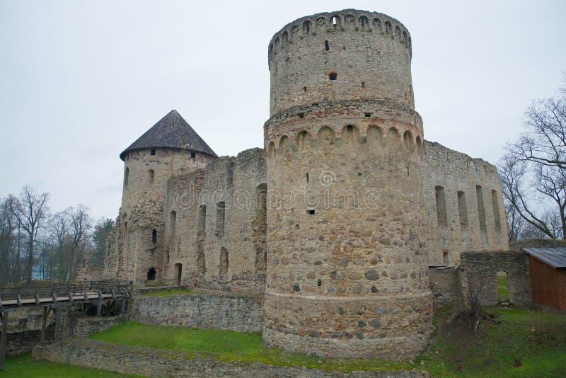 Wenden城堡,阴沉的11月天 cesis拉脱维亚 免版税库存照片