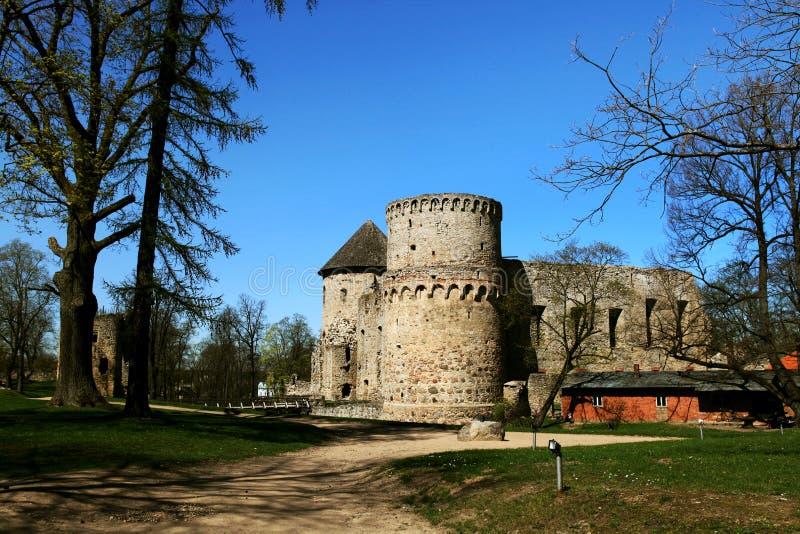 Wenden Order Castle in de buurt van Gauja N stock foto's