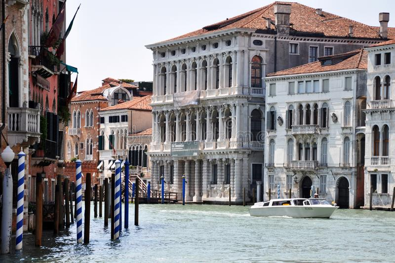 Weneccy domy na kanale obrazy royalty free