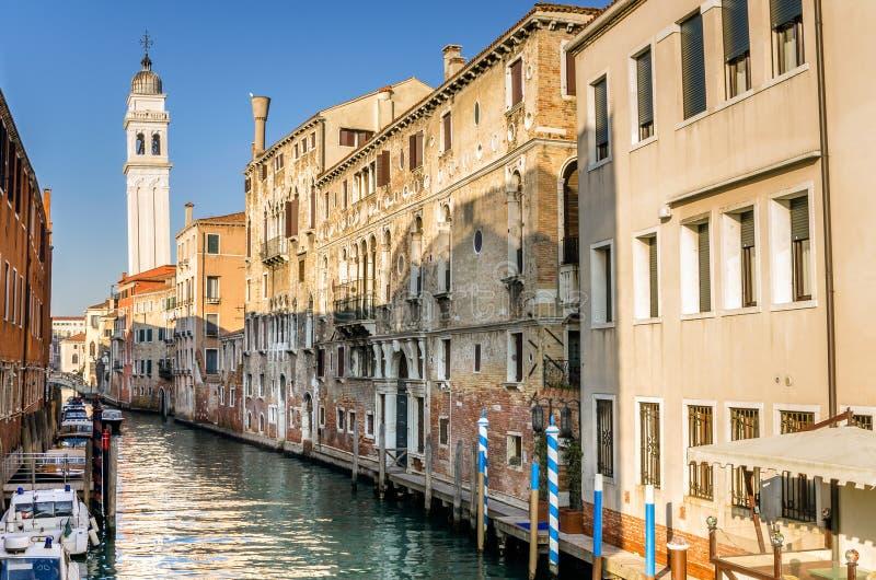 Wenecja pejzaż miejski na Jasnym zima dniu fotografia royalty free