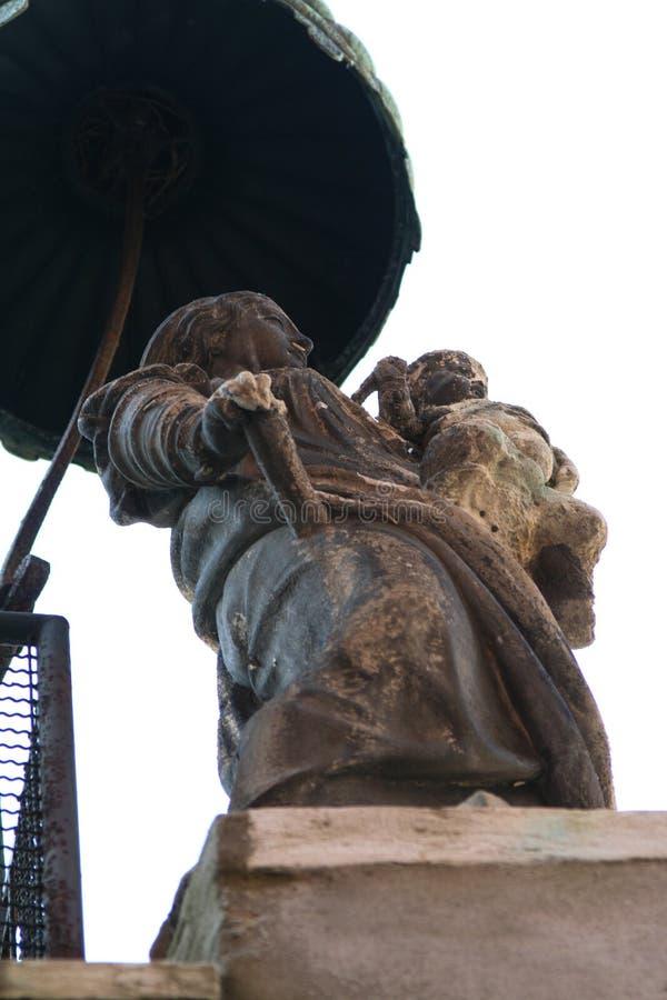 Wenecja, statua madonna z dzieckiem, pod baldachimem fotografia royalty free