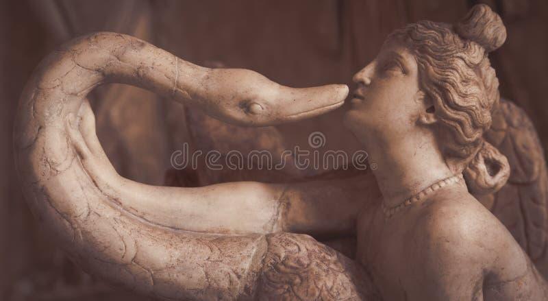 WENECJA WŁOCHY, CZERWIEC, - 27, 2016: Leda i Łabędzia statua w Palaz obraz royalty free