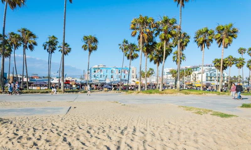 Wenecja Wyrzucać na brzeg wybrzeże Pacyficzny ocean Turysta i czasu wolnego rekreacyjny centrum w Los Angeles, Kalifornia obraz royalty free