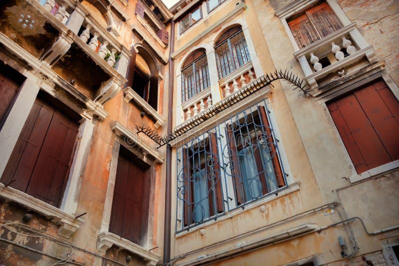 Wenecka budynek fasada zdjęcie royalty free
