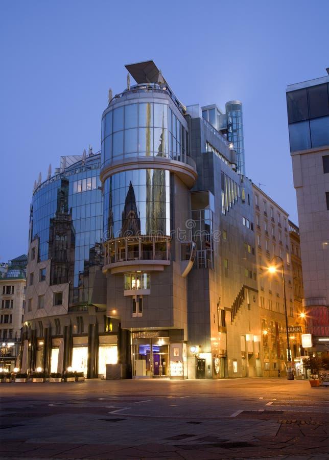 Wenen - moderne architectuur van centrum - ochtend royalty-vrije stock foto's