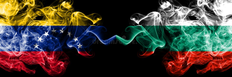Wenezuela vs Bułgaria, Bułgarskie dymiące tajemnicze flagi umieszczająca strona strona - obok - Gęste barwione silky dymne flagi  ilustracja wektor