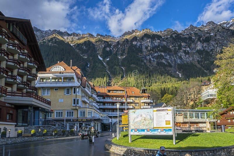 Wengen, Zwitserland - circa Mei 2014: Een kleine gemeente van Wengen in het Jungfrau-gebied in Zwitserland stock afbeelding