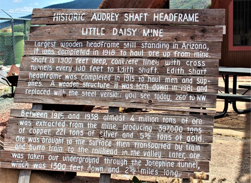 Wenig Daisy Mine, Audrey Shaft Head Frame, Jerome, Arizona, Vereinigte Staaten stockfotos