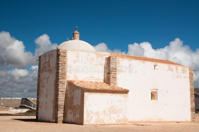 Wenig Kapelle von Fortaleza de Sagres in Portugal lizenzfreie stockfotografie