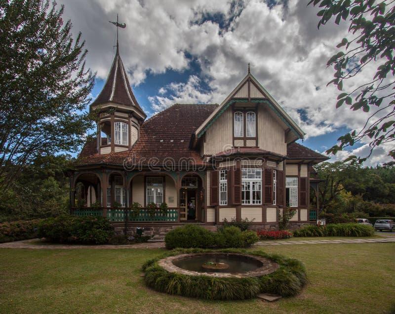 Wenig Schloss von Caracol Canela Brasilien stockfotografie